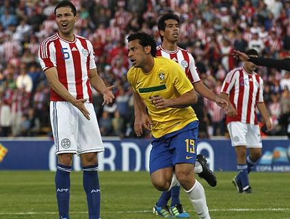 Fred sai do banco e salva Brasil de virada histórica para o Paraguai