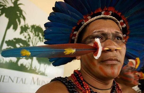 Indígenas cercam usina de extração de gás na Bolívia