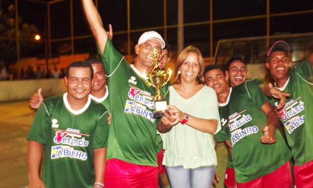 Real Palmeirense é campeão do II Campeonato Verão de Futsal do povoado Alecrim