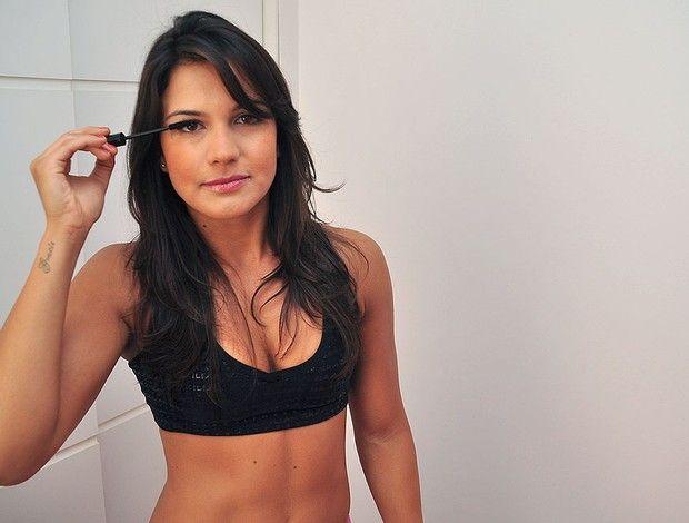 A bela no octógono: Kyra Gracie perto de migrar ao MMA