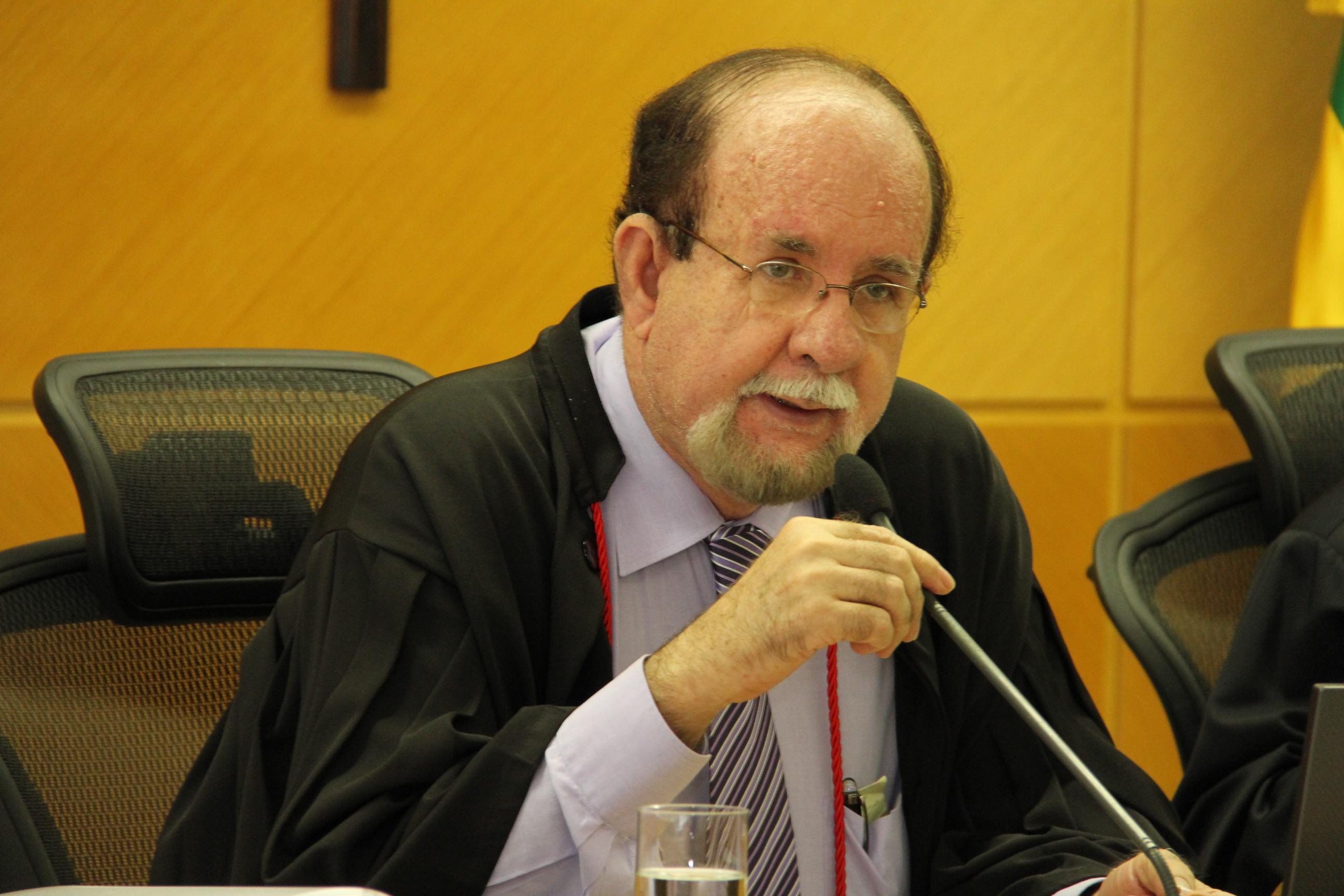 TCE analisará dívida entre FHS e empresa fornecedora de alimentos