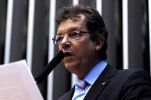 Projeto de Laércio propõe dobrar remuneração do FGTS