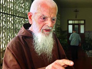 "Aos 104 anos ""Morre Frei Miguel"""