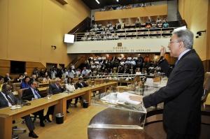 Otimista Déda diz que Proinveste deve ser votado em março