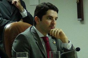 """"""" Cilclo político de Lagarto está ultrapassado"""", declara deputado Gustinho"""