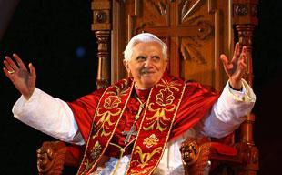 Bento XVI  anuncia renúncia; novo papa será eleito em março