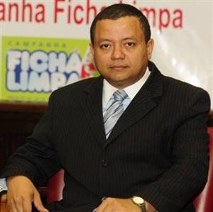 Juiz autor da Ficha Limpa irá debater reforma política em Aracaju