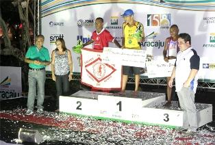 Corrida Cidade de Aracaju reúne milhares de atletas