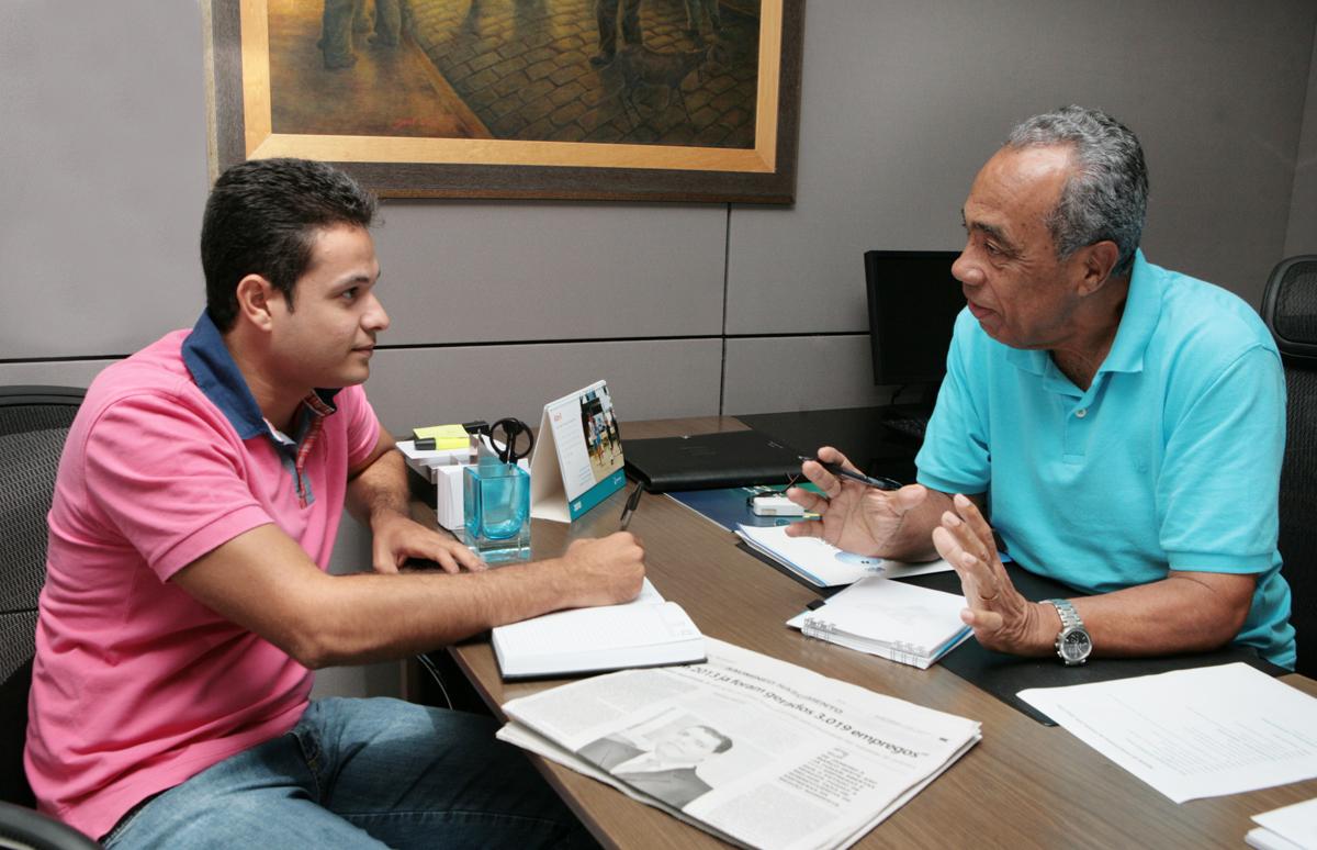 Vereador Anderson de Tuca é recebido pelo prefeito