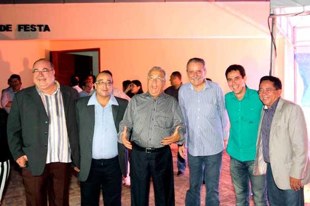 """Prefeito"" Machado prestigia posse do Sindicato dos Radialistas de Sergipe"