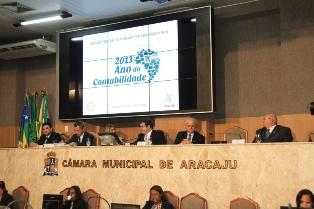 Parlamentares destacam importância do contador na sociedade