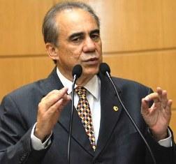 Venâncio participa de debate sobre meio ambiente em Manaus