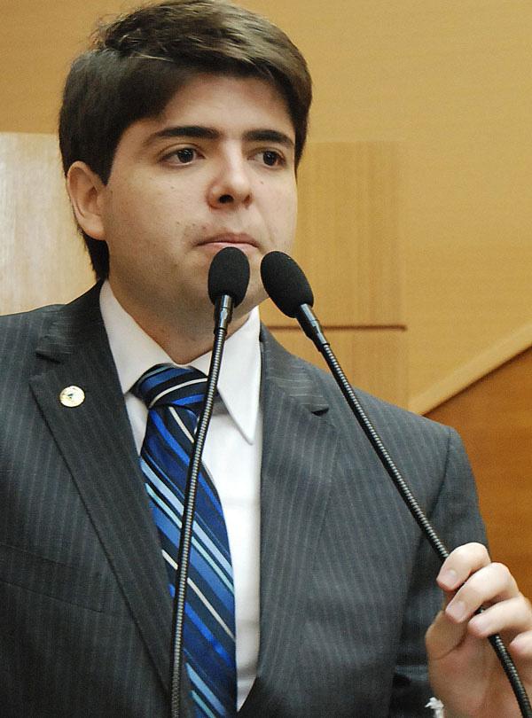 TRE cassa mandato de Paulinho da Varzinha