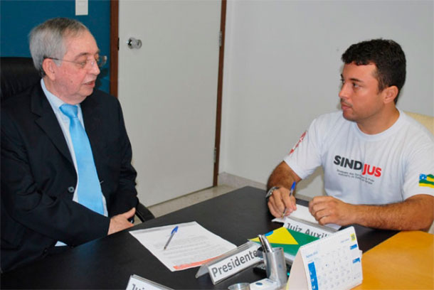 Presidente do TJ de Sergipe recebe sindicalista e diz que levará propostas ao Pleno do Tribunal