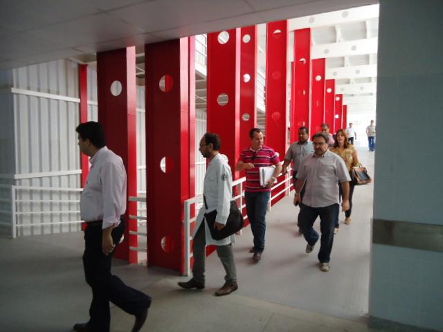 Gestores da Secretaria  da Saúde vistoriam nova UTI do Huse