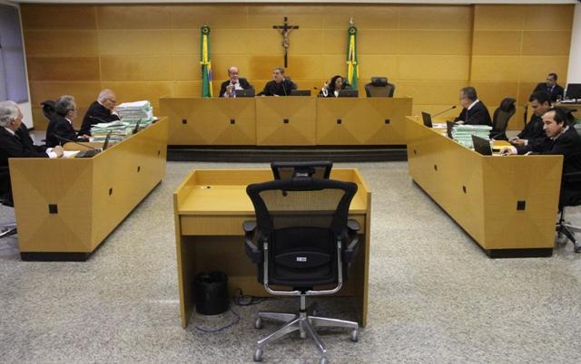Três ex-prefeitos tem contas rejeitadas pelo TCE