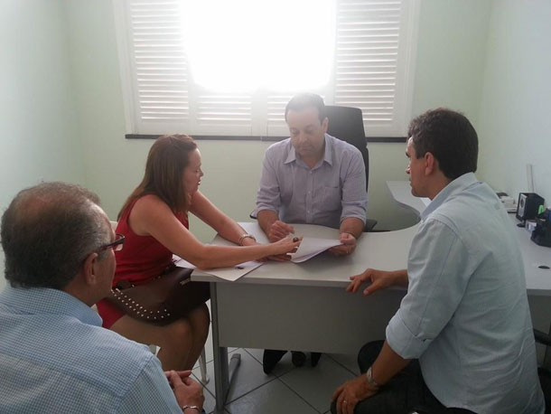 Prefeito de Propriá confirma apoio a André Moura e Eduardo Amorim em 2014