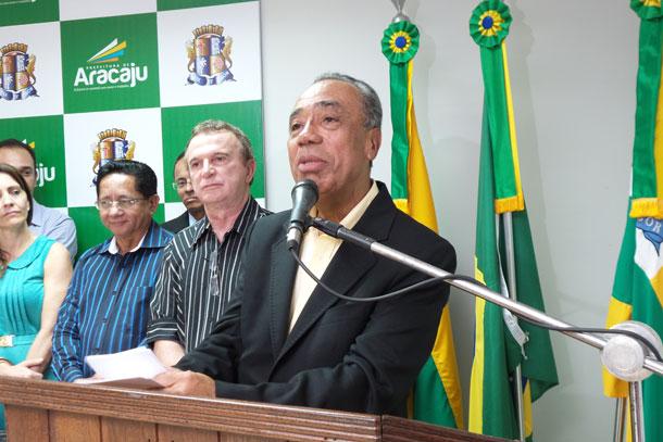 Prefeitura de Aracaju faz entrega de veículos novos aos Conselhos Tutelares