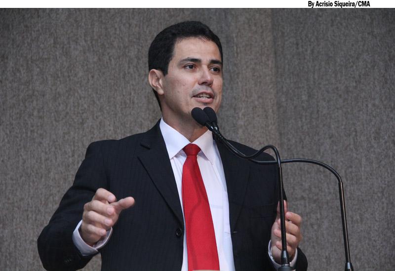 Robson afirma que trabalho parlamentar vai além da sede do Legislativo