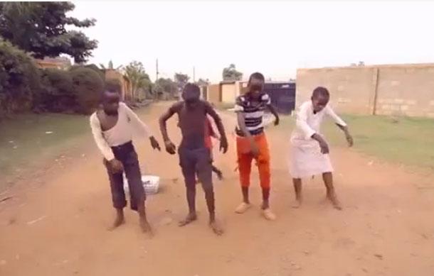 Meninos da dança dão lição de vida