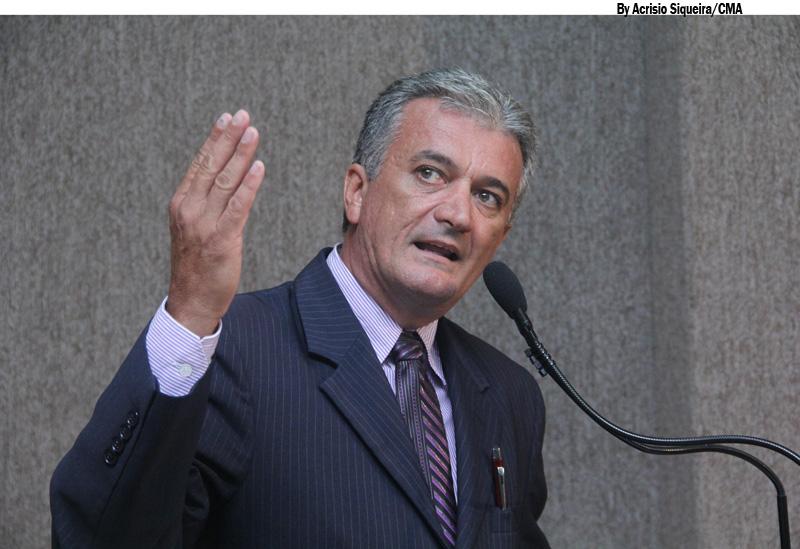 Vereador denuncia que Case está negando medicamentos para a população