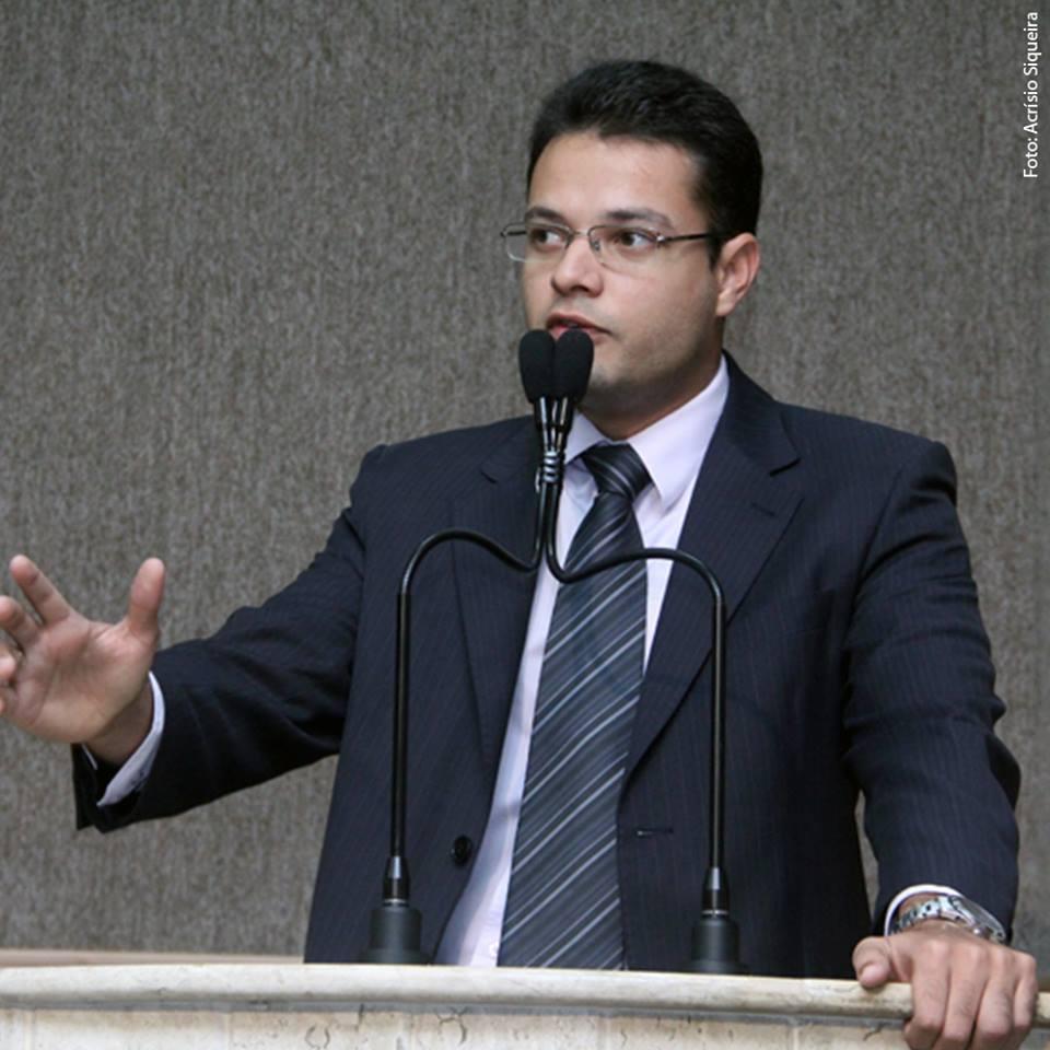 Anderson reafirma compromisso com população aracajuana