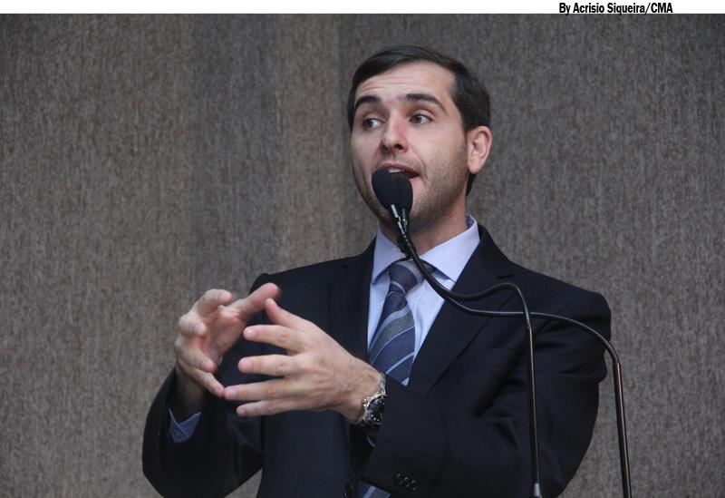 Vereador cobra mais atenção do Poder Público ao Siqueira Campos