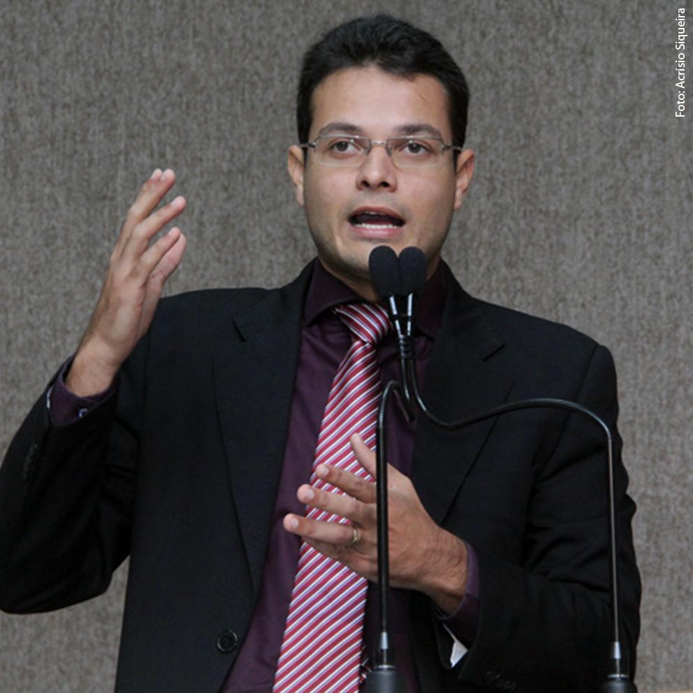 Anderson afirma que Sergipe vive um caos administrativo