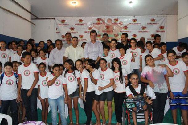 Emenda parlamentar de Laércio Oliveira beneficia alunos da rede pública