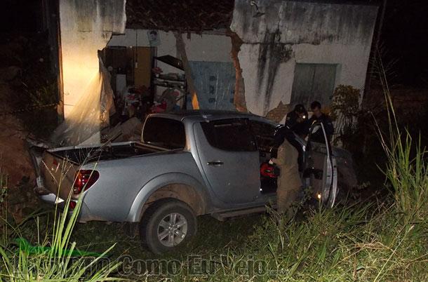 Homem morre ao bater carro em residência no interior de Sergipe