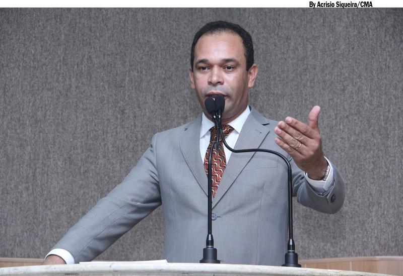 Pastor Roberto Morais destaca ações da administração Municipal