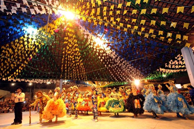 Com apoio da PMA Rua de São João revive tradição cultural