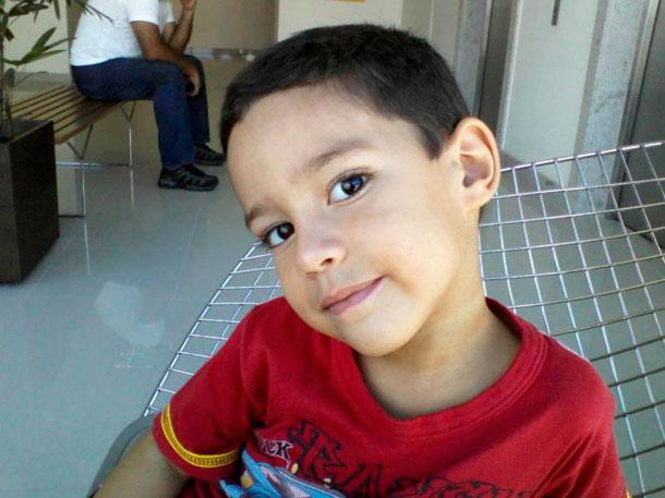 Família  da criança que morreu em acidente de trânsito quer justiça