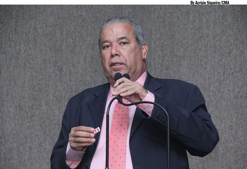 Vereador afirma que empresa explora trabalhadores