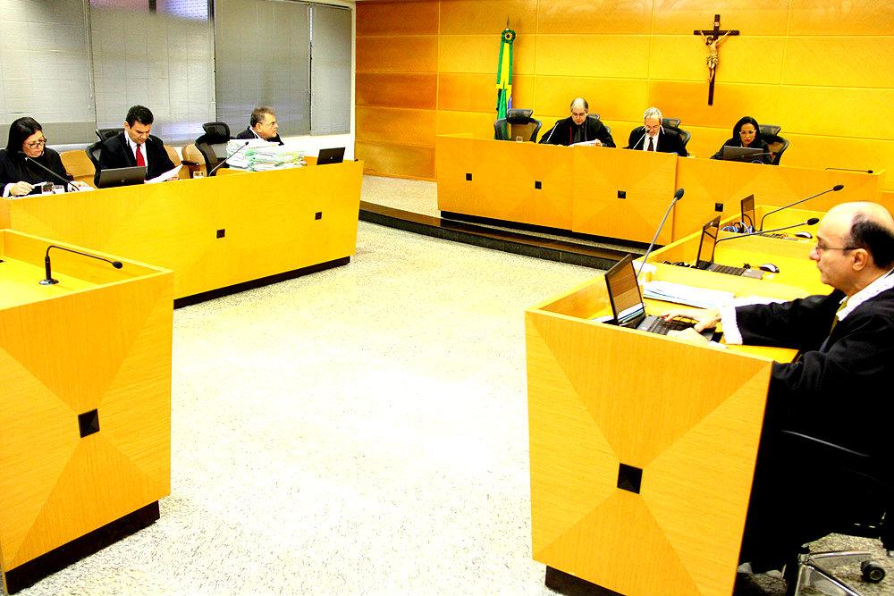 TCE julga nove processos na Primeira Câmara