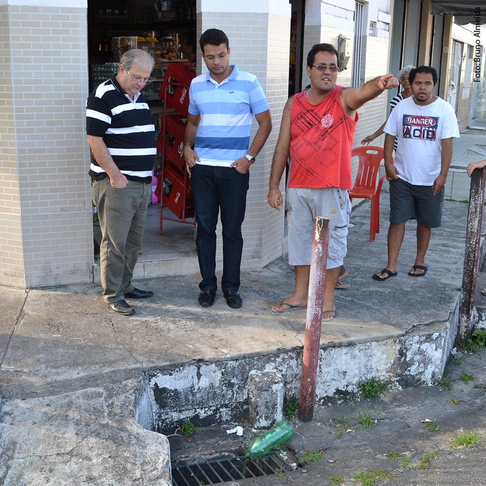 Anderson cobra ações da Prefeitura contra enchentes no Siqueira Campos
