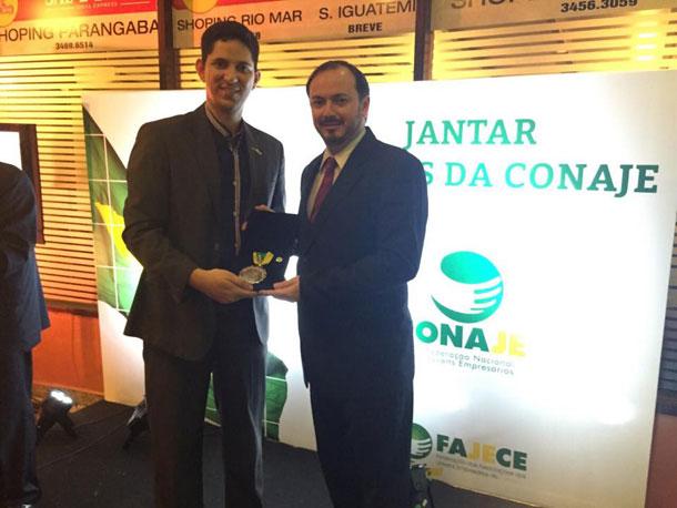 """""""Alexandre Porto"""" recebe Comenda """"Empreendedor Conaje"""" e Sergipe se destaca"""