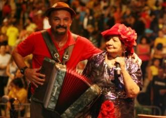 clemilda-e-robertinho-MORRE CLEMILDA -FORROVINIL-THIAGO RIBEIRO