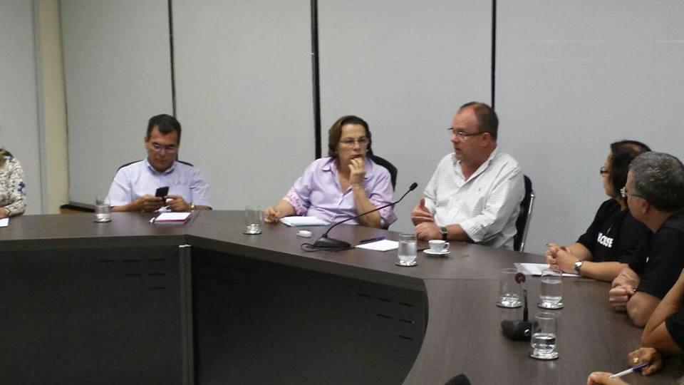 Futuro das empresas públicas da Administração Indireta de Sergipe é tema de reunião
