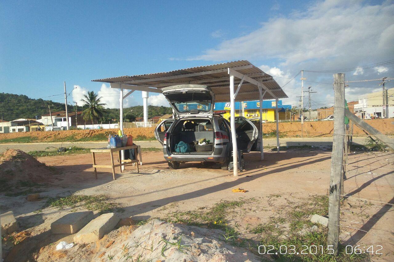 """Viatura da PM de Sergipe fica como """"jarro""""na zona norte de Aracaju"""