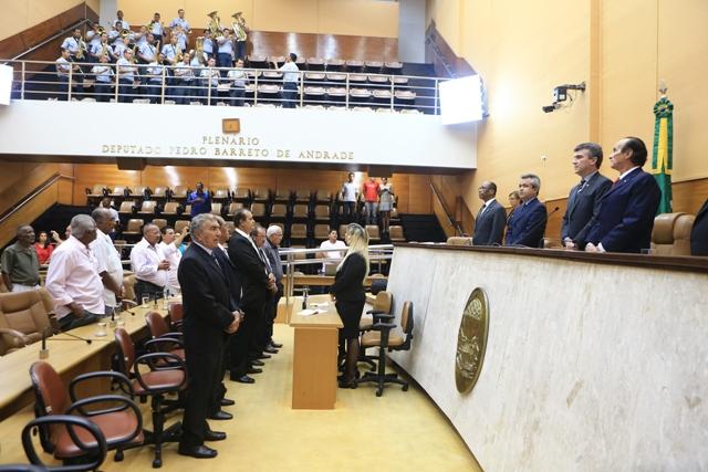 Alese entrega Título de Cidadão Sergipano ao cordelista João Pereira de Lima