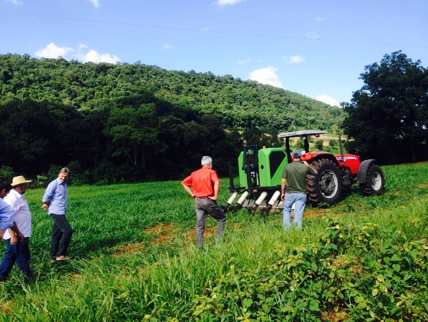Deputado João Daniel conhece projeto de equipamentos voltados à produção orgânica