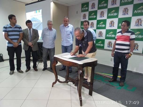 Vereador Agnaldo Feitosa assume a secretaria de saúde de Aracaju