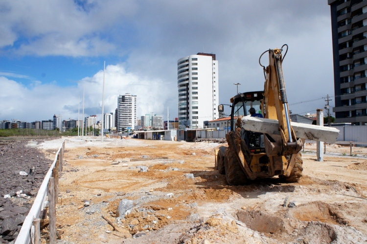 Prefeitura de Aracaju afirma que urbanização da Praia Formosa continua dentro do cronograma