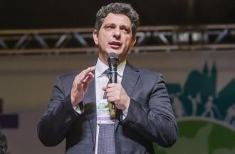 Representando o Ministro Chioro Secretario Rogério Carvalho profere palestra em Maceió