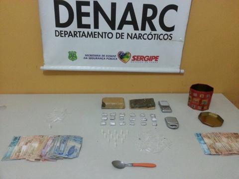 COLETIVA: Denarc e BPRp prendem casal de traficantes com 4 kg de cocaína
