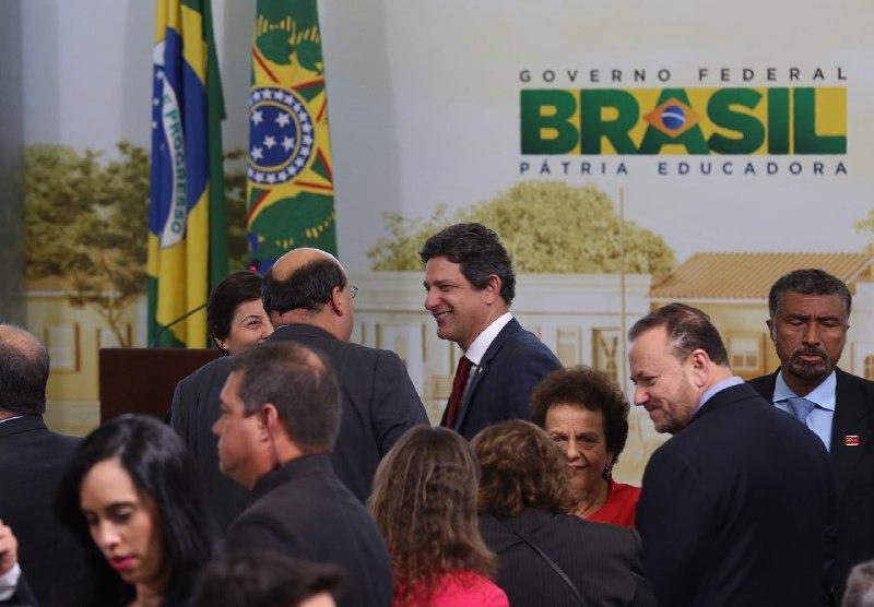 Ministério da Saúde apresenta e discute políticas federais de saúde com gestores sergipanos