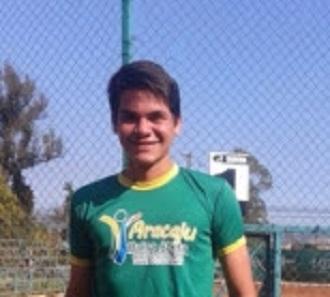 Tenista do Aracaju Bolsa Atleta fica entre os oito melhores no Chile