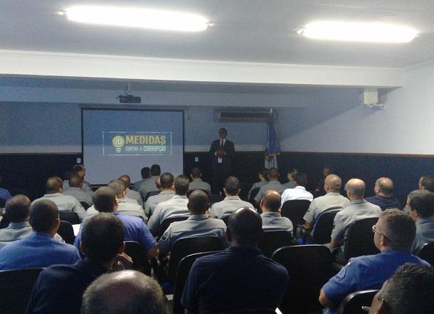 """Ministério Público Federal lança campanha """"Dez Medidas Contra Corrupção"""""""