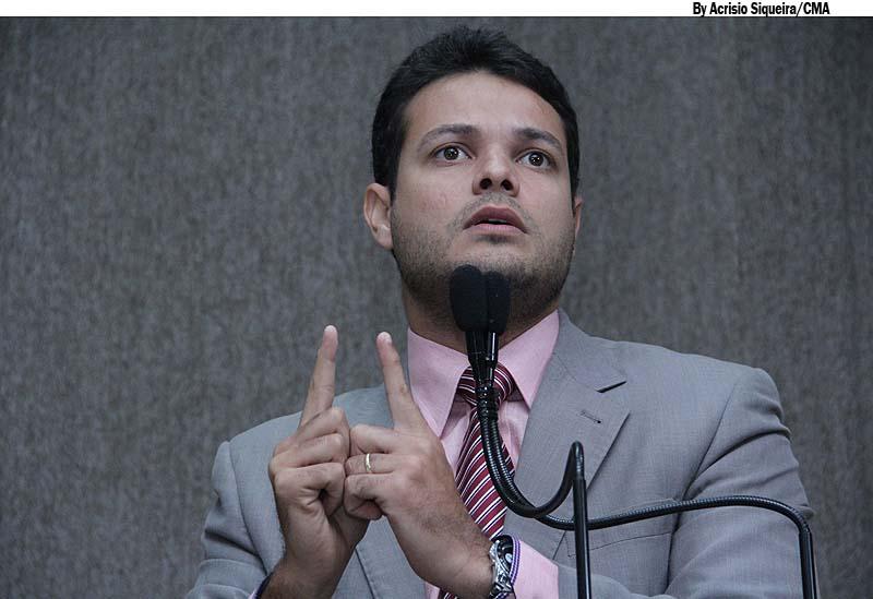 Anderson afirma que Iran Barbosa desrespeitou a Câmara Municipal na internet